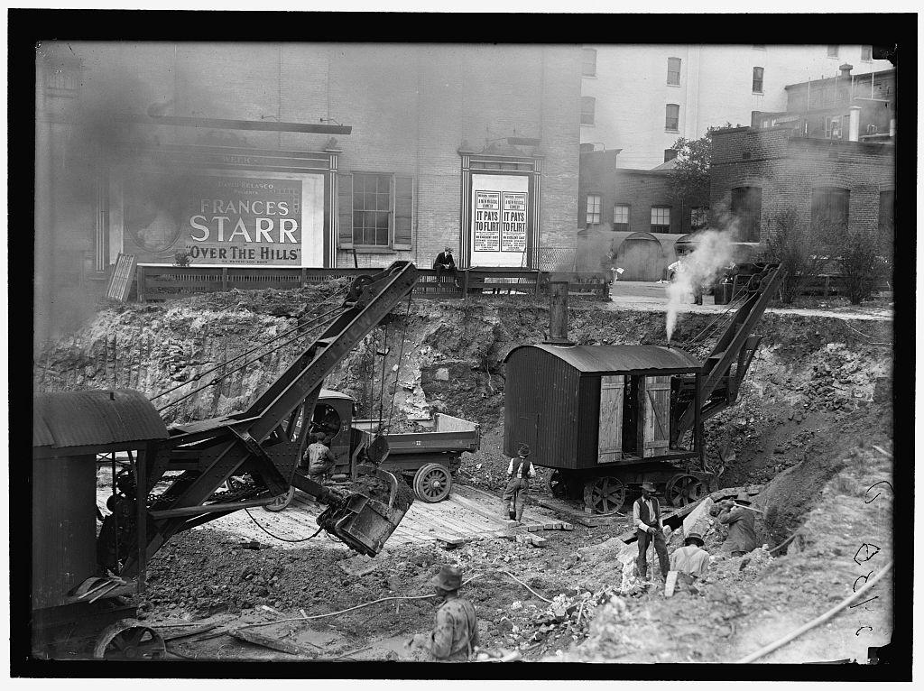 LOC Downtown construction 1919