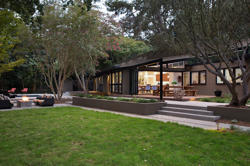 contemporary-remodel_201215_01a