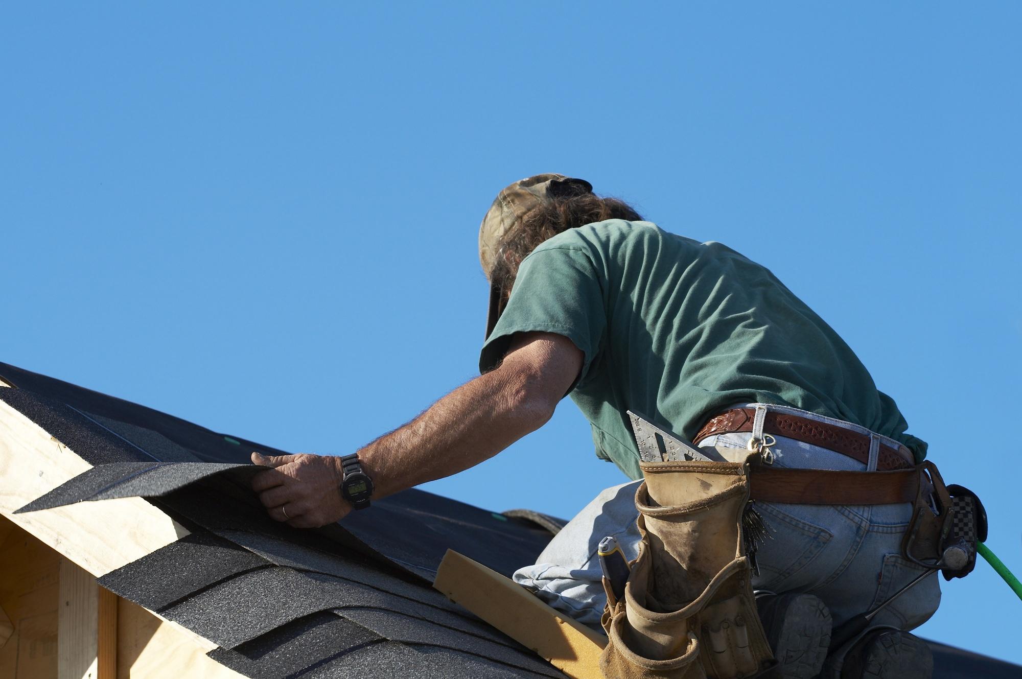 roofing-contractor-is-legit