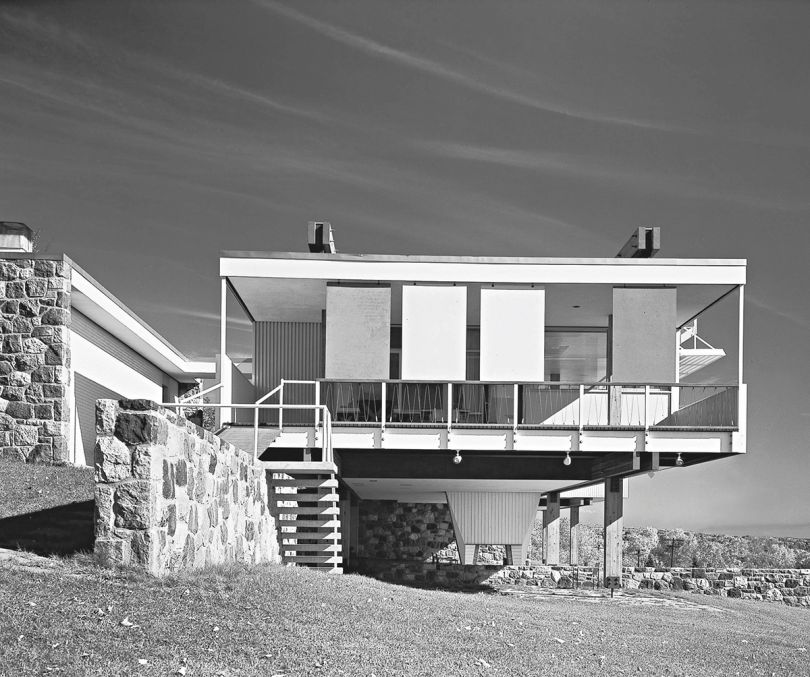 Contemporary vs. Modern Architecture